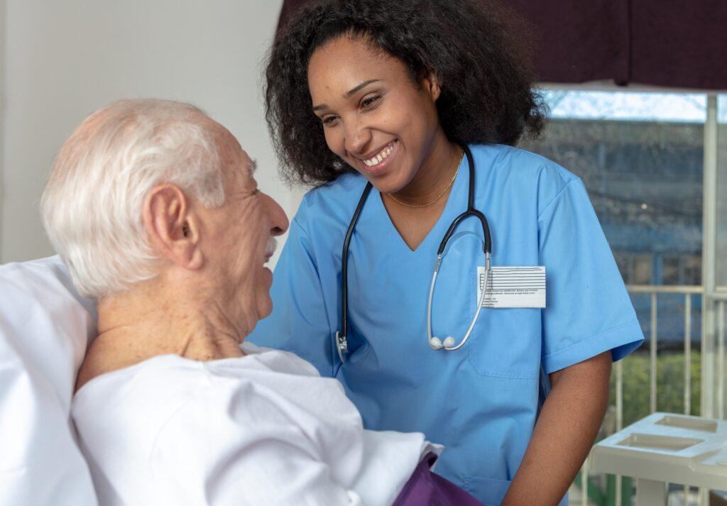 Enfermagem assistencial: o que é preciso saber sobre o tema